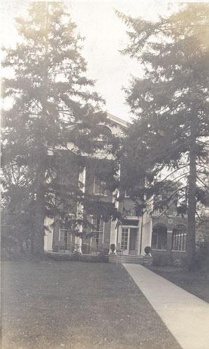 Phi Kappa Psi c.1925
